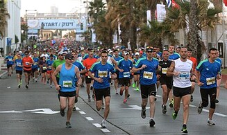14 runners hospitalized in Tel Aviv marathon